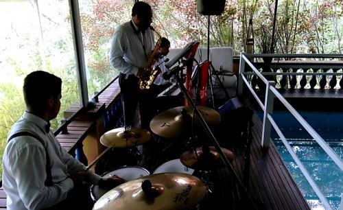 musicos_ao_vivo_itapecerica_da_serra